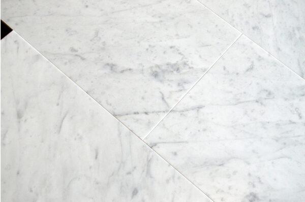 Bianco Venatino WEB002